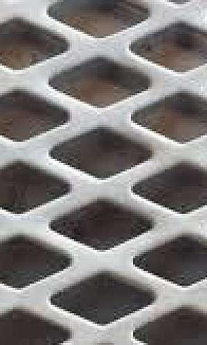 Chapa de aço inox perfurada