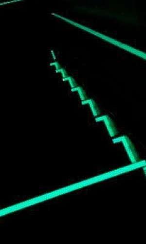 fita antiderrapante fotoluminescente