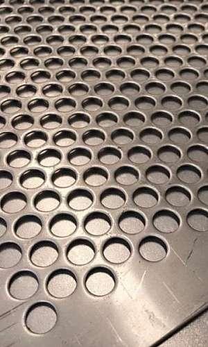 Peneira em chapa de aço carbono
