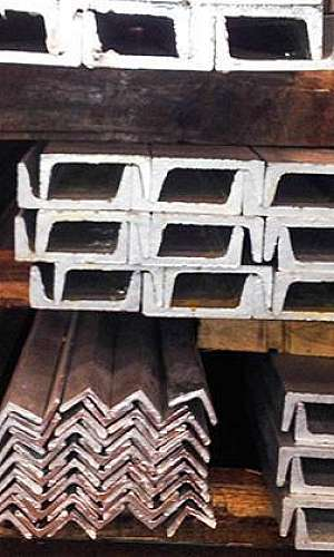 Perfis de aço galvanizados