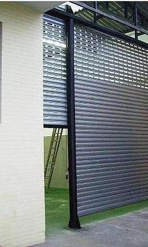Porta de aço galvanizado