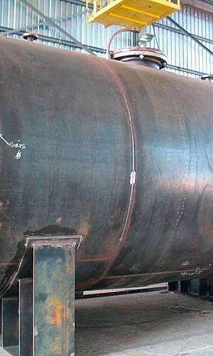 Tanques de aço carbono