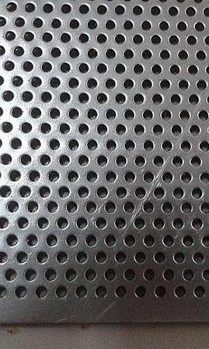 Tela perfurada de aço inox